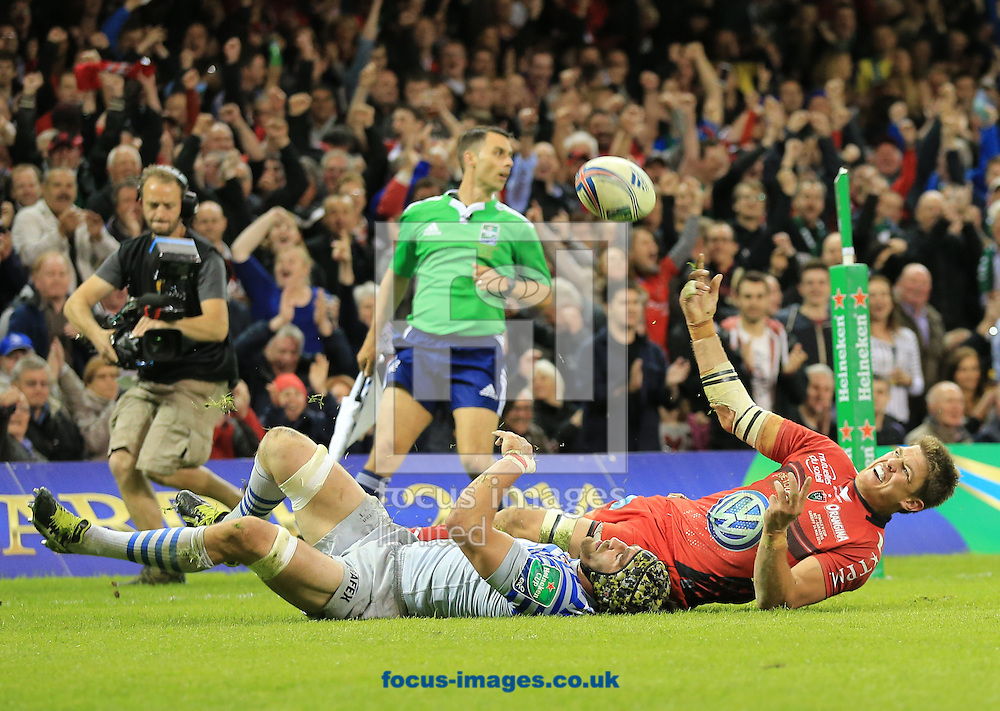 Juan Smith of RC Toulon celebrates his try during the Heineken Cup Final at the Millennium Stadium, Cardiff<br /> Picture by Michael Whitefoot/Focus Images Ltd 07969 898192<br /> 24/05/2014