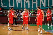 DESCRIZIONE : Siena Lega A 2008-09 Playoff Finale Gara 2 Montepaschi Siena Armani Jeans Milano<br /> GIOCATORE : Jobey Thomas Team Milano<br /> SQUADRA : Armani Jeans Milano<br /> EVENTO : Campionato Lega A 2008-2009 <br /> GARA : Montepaschi Siena Armani Jeans Milano<br /> DATA : 12/06/2009<br /> CATEGORIA : delusione<br /> SPORT : Pallacanestro <br /> AUTORE : Agenzia Ciamillo-Castoria/G.Ciamillo