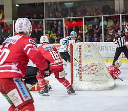 04.03.2020, Stadthalle, Klagenfurt, AUT, EBEL, EC KAC vs EHC Liwest Black Wings Linz, Viertelfinale, 1. Spiel, im Bild Mathew NEAL (EC KAC, #50), Jeffrey GLASS (EHC Liwest Black Wings Linz, #33), Thomas KOCH (EC KAC, #18), Lukas HAUDUM (EC KAC, #11) // during the Erste Bank Icehockey 1st quarterfinal match between EC KAC and EHC Liwest Black Wings Linz at the Stadthalle in Klagenfurt, Austria on 2020/03/04. EXPA Pictures © 2020, PhotoCredit: EXPA/ Gert Steinthaler