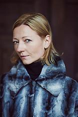 Five Finnish Women in Paris