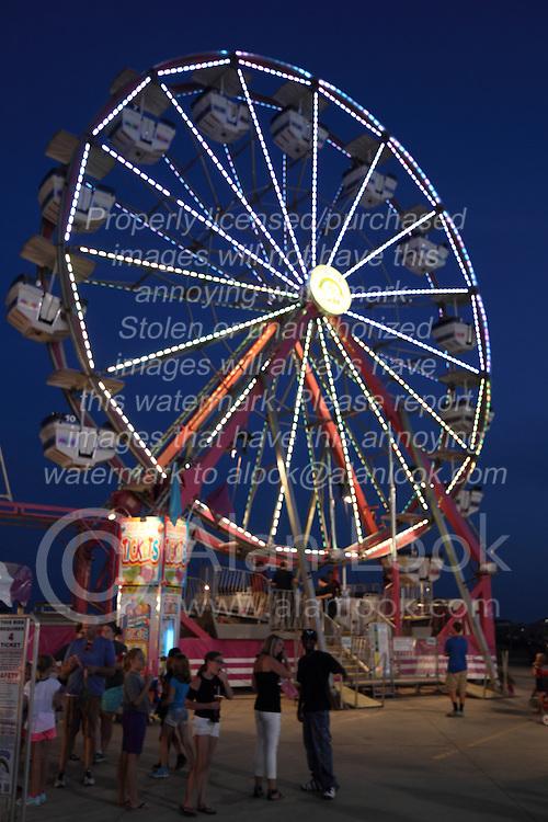 07 August 2015:   McLean County Fair -  Ferris Wheel