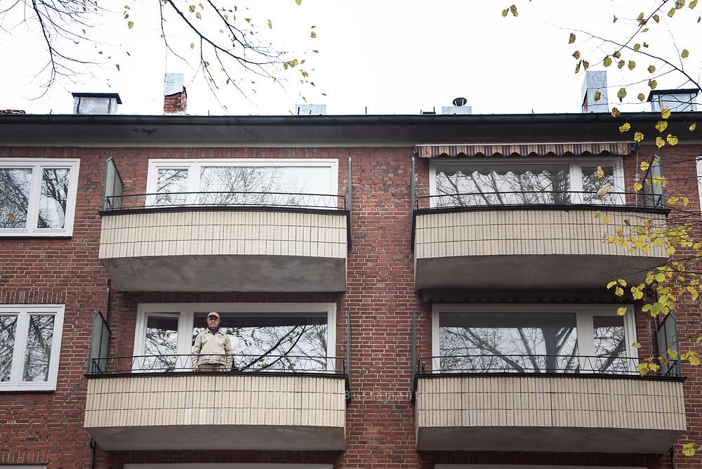 Mieter Reuß. Weil ein Hausbesitzer seine Wohnungen in Hamm jahrelang leerstehen ließ, lässt der Bezirk Mitte sie zwangsweise vermieten.