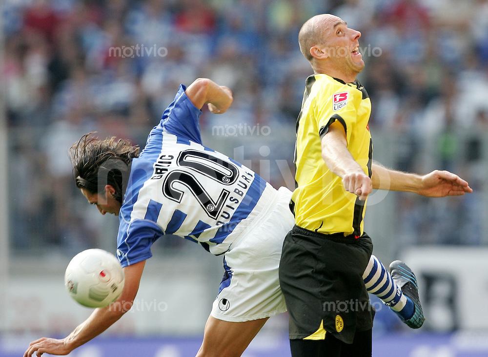Fussball 1. Bundesliga Saison 2005/2006  3. Spieltag MSV Duisburg - Borussia Dortmund       Ivica GRLIC (li, Duisburg) gegen Jan KOLLER (re, Dortmund)