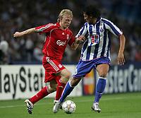 Photo: Paul Thomas.<br /> Porto v Liverpool. UEFA Champions League Group A. 18/09/2007.<br /> <br /> Goal scorer Dirk Kuyt of Liverpool cuts inside Bruno Alves.