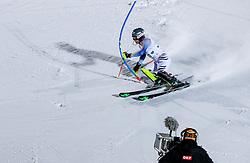24.01.2017, Planai, Schladming, AUT, FIS Weltcup Ski Alpin, Schladming, Slalom, Herren, 1. Lauf, im Bild Dominik Stehle (GER) und ein ORF-Kameramann // Dominik Stehle of Germany in action during his 1st run of men' s Slalom of FIS ski alpine world cup at the Planai in Schladming, Austria on 2017/01/24. EXPA Pictures © 2017, PhotoCredit: EXPA/ Martin Huber