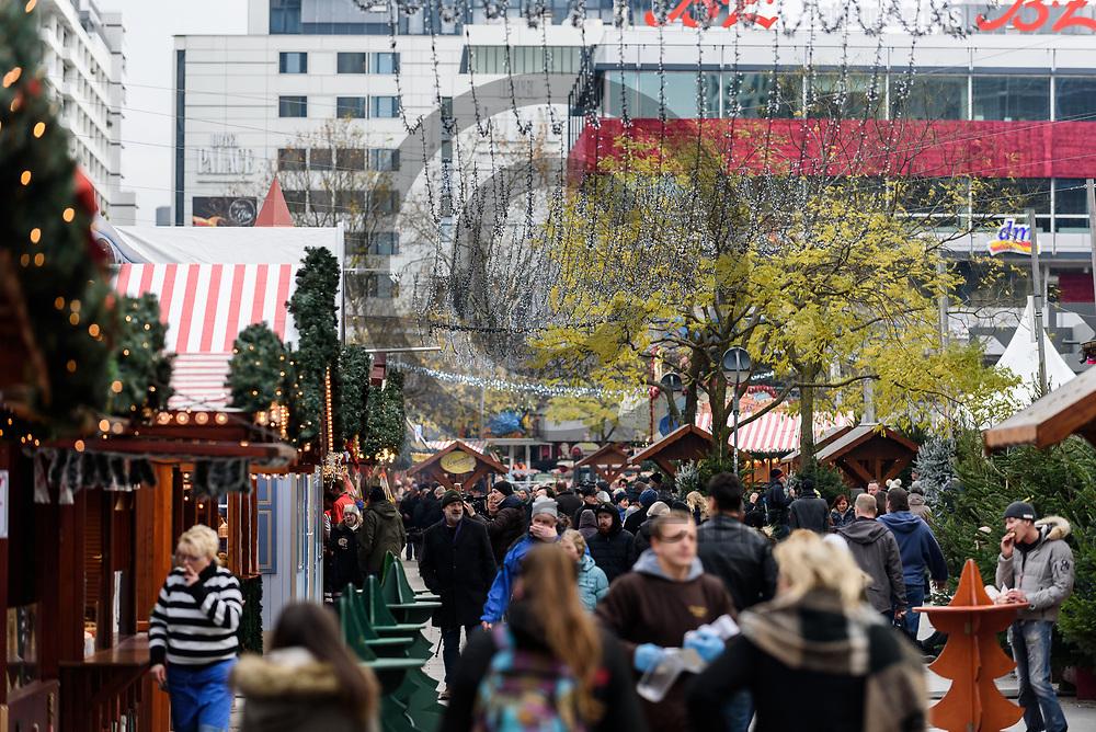 Deutschland, Berlin - 27.11.2017<br /> <br /> Der Weihnachtsmarkt am Breitscheidplatz er&ouml;ffnet heute zum 34. mal seine Pforten f&uuml;r die Besucher. Am 19. Dezember 2016 fuhr der islamistische Attent&auml;ter Anis Amri mit einem LKW in die Besuchermenge des Marktes und t&ouml;tete elf Besucher.<br /> <br /> Germany, Berlin - 27.11.2017<br /> <br /> The Christmas market on Breitscheidplatz opens its doors for visitors for the 34th time today. On 19 December 2016, the Islamist assassin Anis Amri drove a truck in the crowd of the market and killed eleven visitors.<br /> <br />  Foto: Markus Heine<br /> <br /> ------------------------------<br /> <br /> Ver&ouml;ffentlichung nur mit Fotografennennung, sowie gegen Honorar und Belegexemplar.<br /> <br /> Bankverbindung:<br /> IBAN: DE65660908000004437497<br /> BIC CODE: GENODE61BBB<br /> Badische Beamten Bank Karlsruhe<br /> <br /> USt-IdNr: DE291853306<br /> <br /> Please note:<br /> All rights reserved! Don't publish without copyright!<br /> <br /> Stand: 11.2017<br /> <br /> ------------------------------