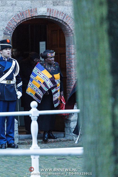 NLD/Delft/20131102 - Herdenkingsdienst voor de overleden prins Friso, Desmond Tutu