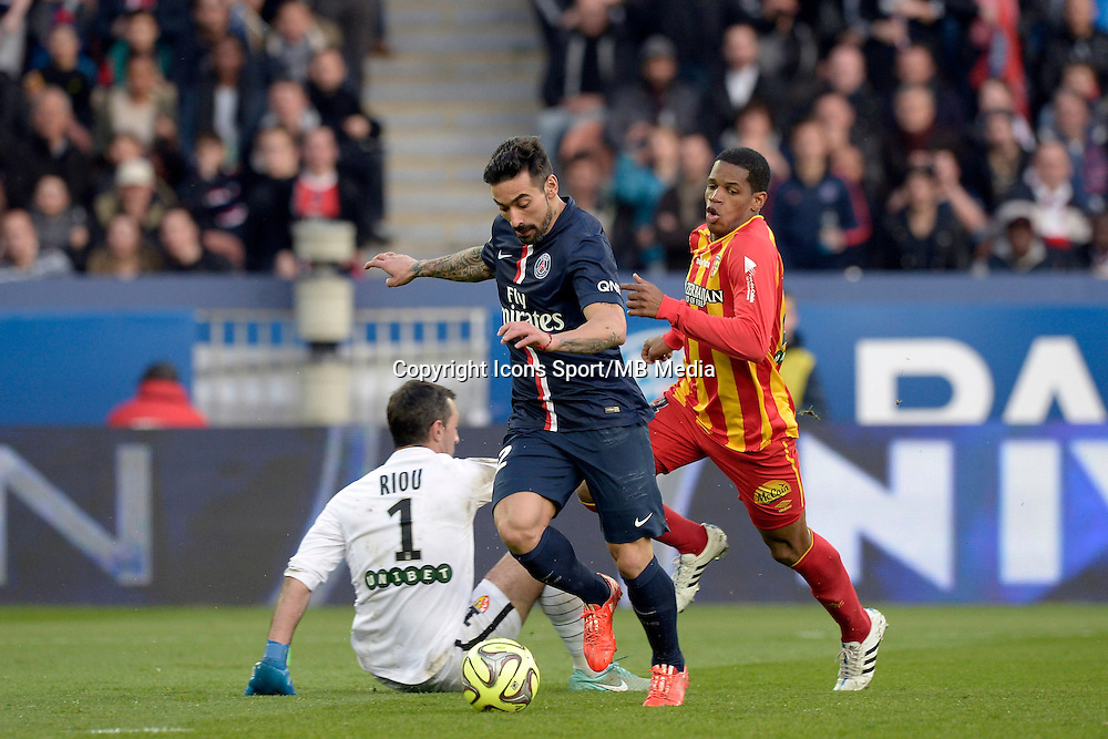 ACTION DE BUT DE Ezequiel LAVEZZI  / Rudy RIOU - 07.03.2015 -   PSG / Lens -  28eme journee de Ligue 1 <br /> Photo : Andre Ferreira / Icon Sport