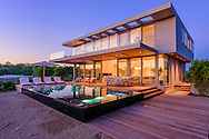 Modern Home in the Dunes, Amagansett, NY Designed by Stelle Lomont Rouhani Architects