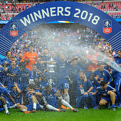 Chelsea celebrate winning the FA Cup during the Emirates FA Cup Final match between Chelsea and Manchester United at Wembley Stadium on May 19, 2018 in London, England. (Photo by Paul Simpson)