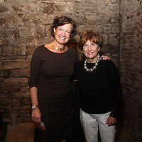 Linda Finerty, Suzie Nall