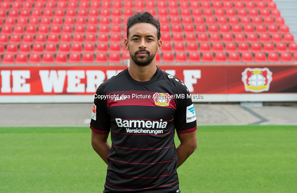 German Bundesliga - Season 2016/17 - Photocall Bayer 04 Leverkusen on 25 July 2016 in Leverkusen, Germany: Karim Bellarabi. Photo: Guido Kirchner/dpa | usage worldwide