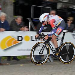 04-09-2015: Wielrennen: Ladiestour: Oosterhout<br /> OOSTERHOUT (NED) wielrennen<br /> De vierde etappe van de Holland Ladies Tour voerde de rensters rond Oosterhout in een individuele tijdrit<br /> Ellen van Dijk eindigde nipt achter Brennauer als tweede