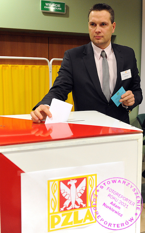SEBASTIAN CHMARA DURING ELECTIONS FOR PRESIDENT POLISH ATHLETIC ASSOCIATION IN SPALA...POLAND , SPALA , JANUARY 10, 2009..( PHOTO BY ADAM NURKIEWICZ / MEDIASPORT ).