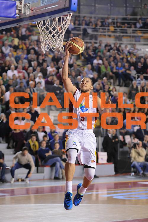 DESCRIZIONE : Roma Lega A 2014-15 Acea Roma EA7 Emporio Armani Milano<br /> GIOCATORE : Brandon Triche<br /> CATEGORIA : Tiro penetrazione sottomano<br /> SQUADRA : Acea Roma<br /> EVENTO : Campionato Lega A 2014-2015<br /> GARA : Acea Roma EA7 Emporio Armani Milano<br /> DATA : 21/12/2014<br /> SPORT : Pallacanestro <br /> AUTORE : Agenzia Ciamillo-Castoria/G.Masi<br /> Galleria : Lega Basket A 2014-2015<br /> Fotonotizia : Roma Lega A 2014-15 Acea Roma EA7 Emporio Armani Milano