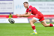 Gareth Davies of Scarlets<br /> <br /> Photographer Craig Thomas/Replay Images<br /> <br /> Guinness PRO14 Round 3 - Scarlets v Benetton Treviso - Saturday 15th September 2018 - Parc Y Scarlets - Llanelli<br /> <br /> World Copyright &copy; Replay Images . All rights reserved. info@replayimages.co.uk - http://replayimages.co.uk