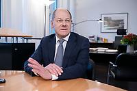 21 NOV 2018, BERLIN/GERMANY:<br /> Olaf Scholz, SPD, Bundesfinanzminister, waehrend einem Interview, in seinem Buero, Bundesministerium der Finanzen<br /> IMAGE: 20181121-01-006<br /> KEYWORDS: Büro