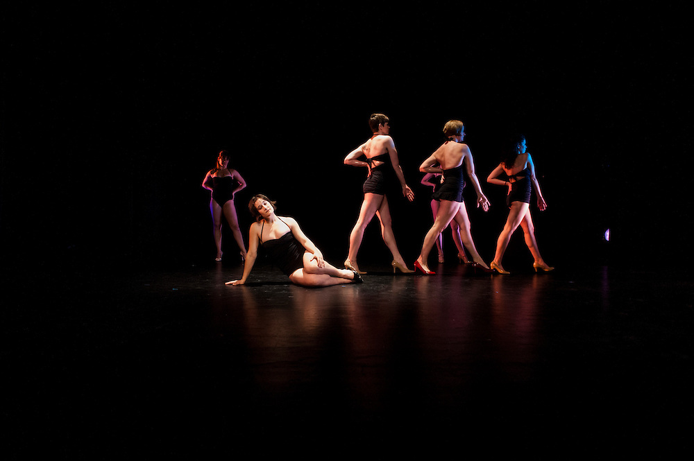 Baltimore, Maryland - March 04, 2014: Baltimore based modern dance company The Collective run through their tech rehearsal at the Theater Project before their annual concert.  <br /> CREDIT: Matt Roth