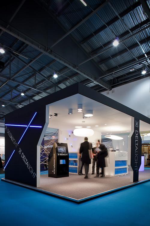 deltalight stand. ecobuil. lighting.