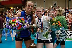 20180509 NED: Eredivisie Coolen Alterno - Sliedrecht Sport, Apeldoorn<br />Esther Hullegie (3) of Sliedrecht Sport, Florien Reesink (5) of Sliedrecht Sport <br />©2018-FotoHoogendoorn.nl