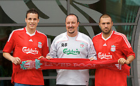 Fotball<br /> England <br /> Foto: Propaganda/Digitalsport<br /> NORWAY ONLY<br /> <br /> LIVERPOOL, ENGLAND - Thursday, July 10, 2008: Liverpool 's two new signings Andrea Dossena (R) and Philipp Degen (L) with manager Rafael Benitez at the club's Melwood Training Ground. Dossena signed from Italian club Udinese and Degen from German side Borussia Dortmund