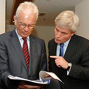NLD/Den Haag/20070412 - Visit of Mr. Hans-Gert Pöttering, president of the European parliament to The Hague, staff meeting.  ** foto + verplichte naamsvermelding Brunopress/Edwin Janssen  **