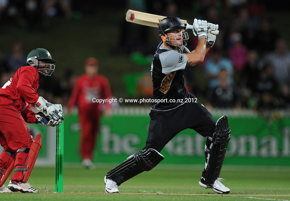 Rob Nicol during the 2nd Twenty20 InternationaI cricket match between New Zealand and Zimbabwe at Seddon Park in Hamilton, New Zealand on Tuesday 14 February 2012. Photo: Andrew Cornaga/Photosport.co.nz