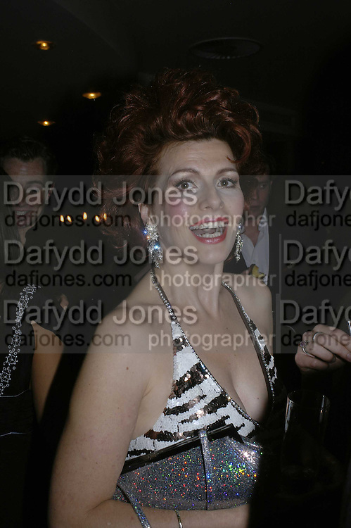 CLEO ROCOS, THREE'S A CROWD EVENTS LAUNCHES, THE MAYFAIR HOTEL BAR, STATTON ST. LONDON.<br />5 December 2006. ONE TIME USE ONLY - DO NOT ARCHIVE  &copy; Copyright Photograph by Dafydd Jones 248 CLAPHAM PARK RD. LONDON SW90PZ.  Tel 020 7733 0108 www.dafjones.com