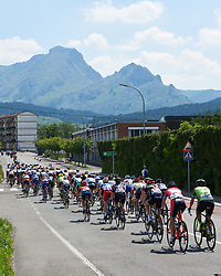 The peloton speed out of Durango at Emakumeen Bira 2018 - Stage 4, a 120 km road race starting and finishing in Durango, Spain on May 22, 2018. Photo by Sean Robinson/Velofocus.com