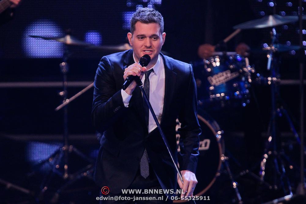 NLD/Hilversum/20111209- The Voice of Holland 2011, 2de live uitzending, optreden Michael Bublé