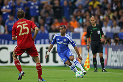 19.05.2012, Allianz Arena, Muenchen, GER, UEFA CL, Finale, FC Bayern Muenchen (GER) vs FC Chelsea (ENG), im Bild Bayern's German forward Thomas Muller and Chelsea's English defender Ashley Cole in action during the Final Match of the UEFA Championsleague between FC Bayern Munich (GER) vs Chelsea FC (ENG) at the Allianz Arena, Munich, Germany on 2012/05/19. EXPA Pictures © 2012, PhotoCredit: EXPA/ Mitchel Gunn