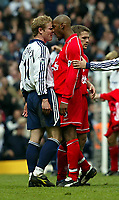 Fotball. Premier League. 27.04.2002.<br /> Tottenham v Liverpool.<br /> Ben Thatcher, Tottenham.<br /> Nicolas Anelka, Liverpool.<br /> Foto: David Rawcliffe, Digitalsport