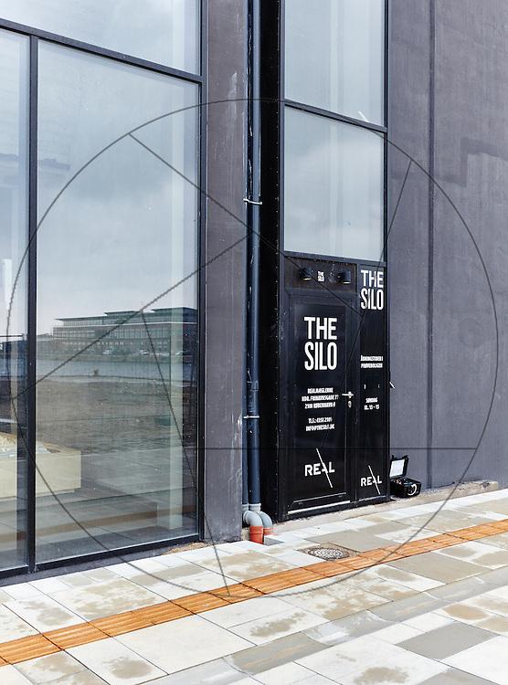 DLG-siloen Nordhavn, Unionkul, ombygning af kornsilo til luksuslejligheder, Klaus Kastbjerg, prøvelejlighed, indgang, the Silo