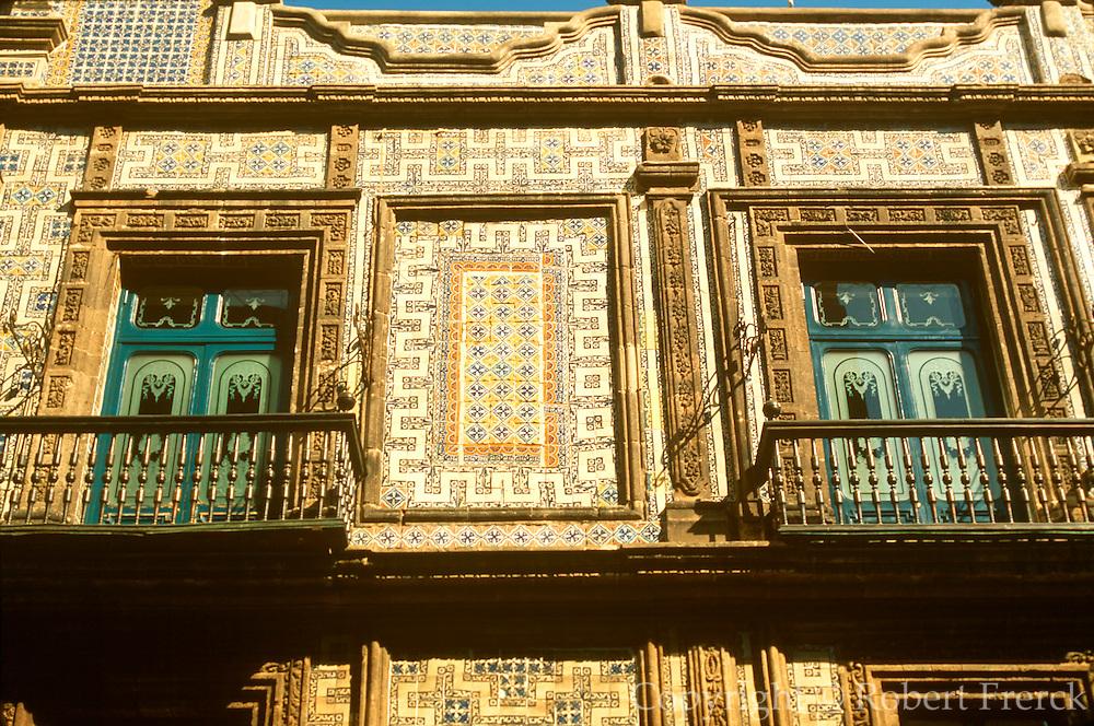 MEXICO, MEXICO CITY La Casa de los Azulejos 16thc.