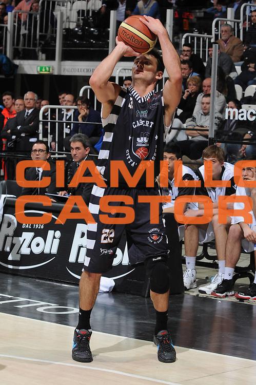DESCRIZIONE : Bologna Lega A 2012-13 Oknoplast Virtus Bologna Juve Caserta<br /> GIOCATORE : Stefano Gentile<br /> CATEGORIA : tiro<br /> SQUADRA : Juve Caserta<br /> EVENTO : Campionato Lega A 2012-2013 <br /> GARA : Oknoplast Virtus Bologna Juve Caserta<br /> DATA : 11/03/2013<br /> SPORT : Pallacanestro <br /> AUTORE : Agenzia Ciamillo-Castoria/M.Marchi<br /> Galleria : Lega Basket A 2012-2013  <br /> Fotonotizia : Bologna Lega A 2012-13 Oknoplast Virtus Bologna Juve Caserta <br /> Predefinita :