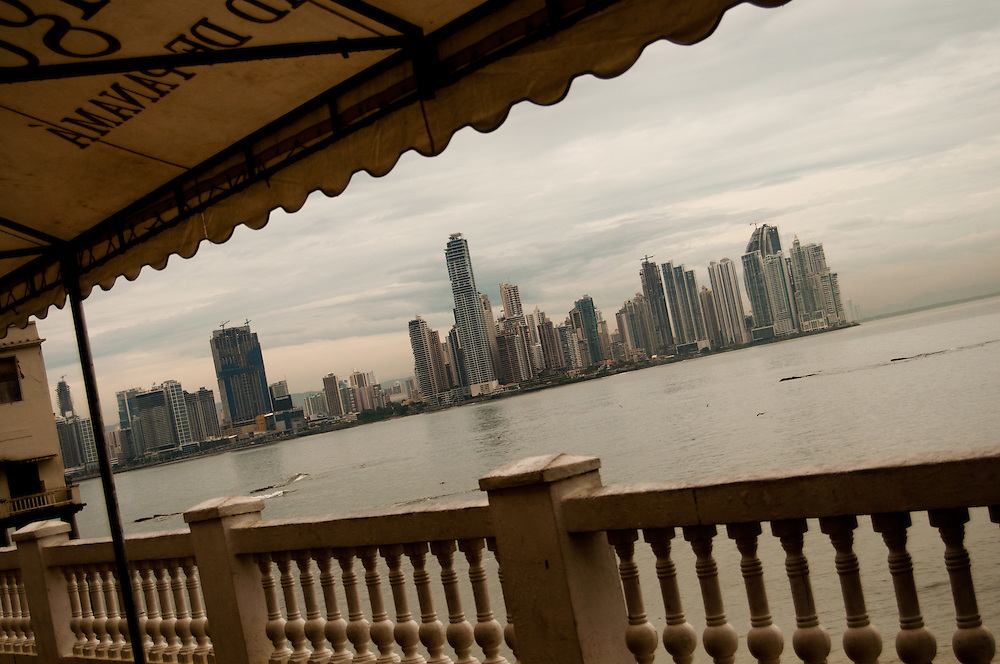 PANAMA CITY - CIUDAD DE PANAMA<br /> Photography by Aaron Sosa<br /> (Copyright &copy; Aaron Sosa)