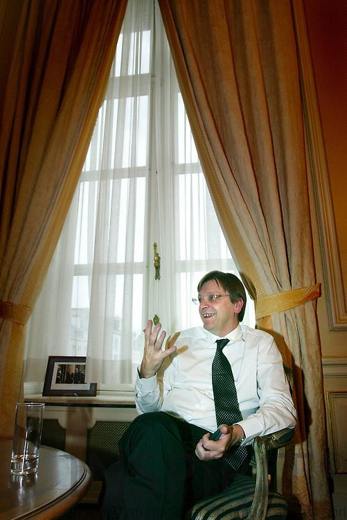 BRUSSELS - BELGIUM - 23 OCTOBER 2006 -- Guy VERHOFSTADT, Prime Minister of Belgium in his office.   PHOTO: ERIK LUNTANG /