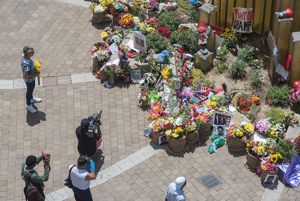 The scene at The Muhammad Ali Center, Tuesday, June 7, 2016, in Loiuisville, Ky. (Photo by Brian Bohannon)