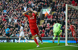 05.11.2011, Anfield Stadion, Liverpool, ENG, Premier League, FC Liverpool vs Swansea City, im Bild Liverpool's Andy Carroll rues a missed chance against Swansea City  // during the premier league match between FC Liverpool vs Swansea City at Anfield Stadium, Liverpool, EnG on 05/11/2011. EXPA Pictures © 2011, PhotoCredit: EXPA/ Propaganda Photo/ David Rawcliff +++++ ATTENTION - OUT OF ENGLAND/GBR+++++