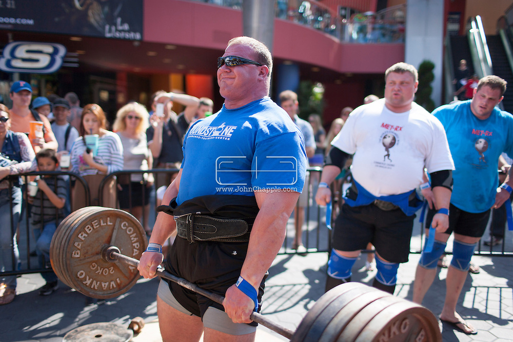 September 26, 2012. Long Beach, California.  The 2012 MET-Rx World's Strongest Man competition, saw 30 international competitors battle it out ion the Universal City walk, to win the ultimate strongman title...Photo John Chapple / © IMG Media Ltd..