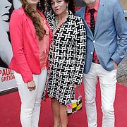 NLD/Amsterdam/20120617 - Premiere Het Geheugen van Water, Henriette Tol, partner Rob Snoek en dochter Louise