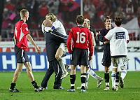 Fotball<br /> Play off VM 2006<br /> Tsjekkia v Norge <br /> Czech Republic v Norway<br /> 16.11.2005<br /> Foto: Morten Olsen, Digitalsport<br /> <br /> Pavel Nedved celebrating their triumph. Brede Hangeland (L), Jan Gunnar Solli (16) and Morten Gamst Pedersen