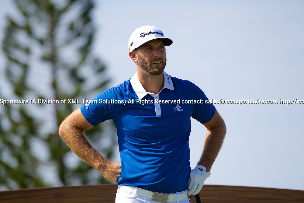 January 08 2016: Dustin Johnson during the Second Round of the Hyundai Tournament of Champions at Kapalua Plantation Course on Maui, HI. (Photo by Aric Becker/Icon Sportswire)