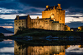 SCOTLAND: Eilean Donan Castle: Highlands