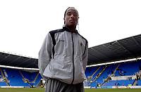 Photo: Daniel Hambury.<br />Reading v Cardiff City. Coca Cola Championship.<br />02/01/2006.<br />Cardiff's Cameron Jerome.
