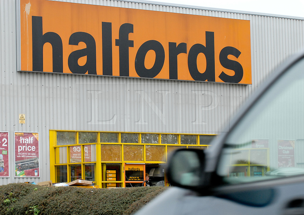© under license to London News Pictures.  12/01/11. Trading updates are due for retailer Halfords tomorrow (13/01/2011). Pictured is a Halfords store in Norwich, Norfolk. Photo credit should read Alan Bennett/ London News Pictures.