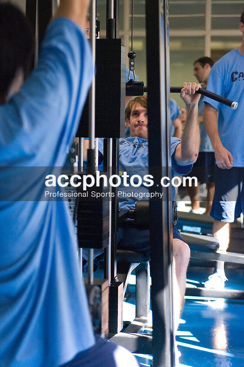 25 September 2007: North Carolina Tar Heels men's lacrosse member Michael Munnelly during a weightlifting session in Chapel Hill, NC.