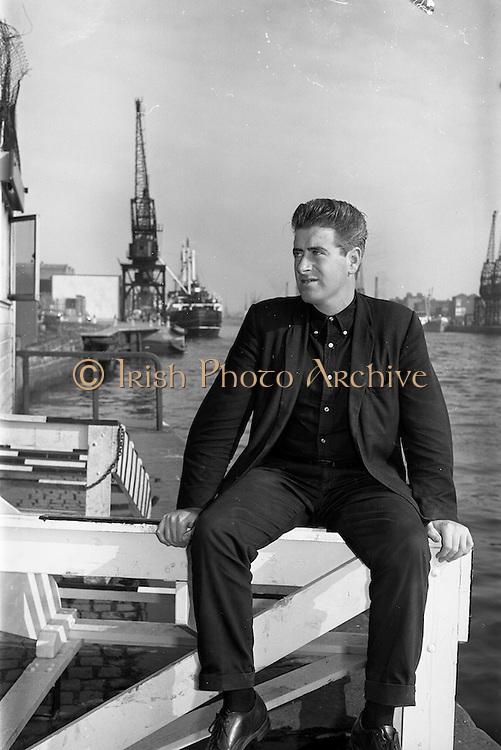 20/09/1963<br /> 09/20/1963<br /> 20 September 1963<br /> Robert Robb, stowaway at Dublin docks, for story by Seamus Brady, Model,
