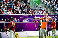 Handboogschutter Rick van der Ven heeft het vrijdag op cricketcomplex Lord's in Londen in de strijd om olympisch brons niet gered. De 21-jarige Brabander verloor na een shoot-off van de Chinees Dai Xiaoxiang. Na 5 sets was de stand gelijk: 5-5: Bij de eerste pijl van de barrage schoot Van der Ven een 8 en Dai een 10.