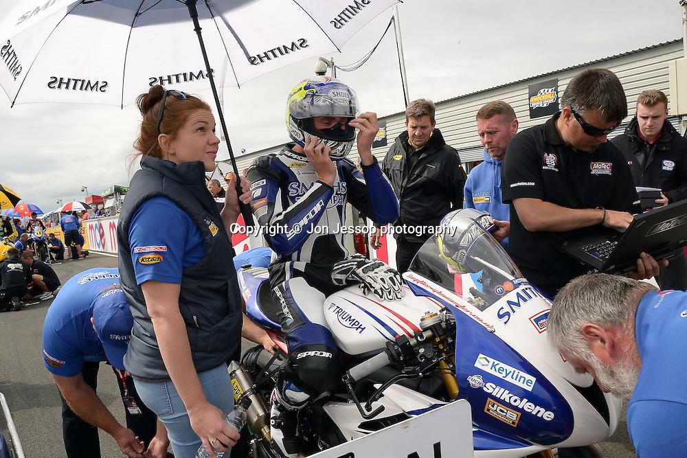 #7 Jake Dixon Smiths Racing Triumph Feridax Motorpoint British Supersport